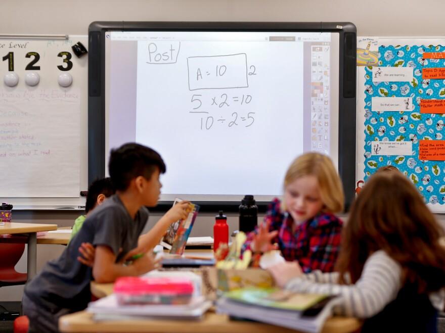 2019-02-12-teachforamericastock.jpg