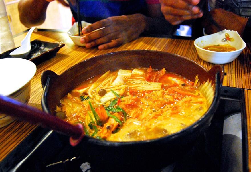 <em>Chanko-nabe</em> is served at Shin-Sen-Gumi, a Japanese restaurant chain in Gardena, Calif.
