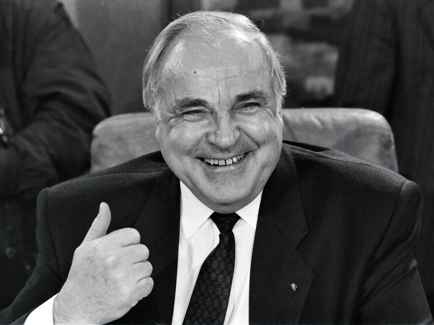 German Chancellor Helmut Kohl, shown in 1989, oversaw the reunification of his country after the fall of the Berlin Wall.