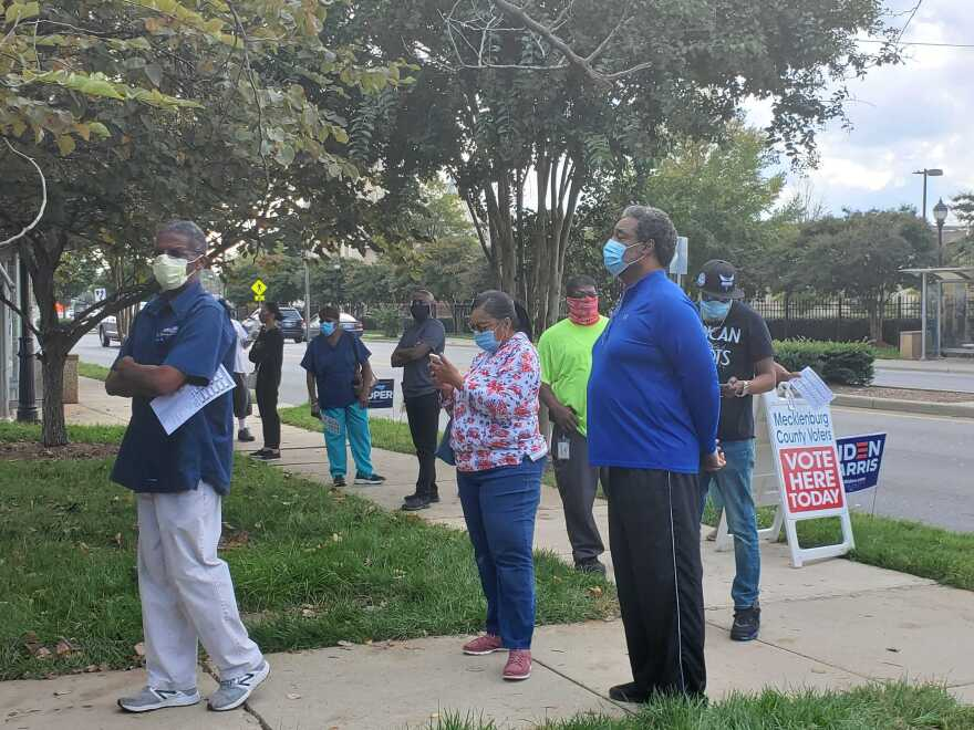 Beatties Ford Library Early Voters