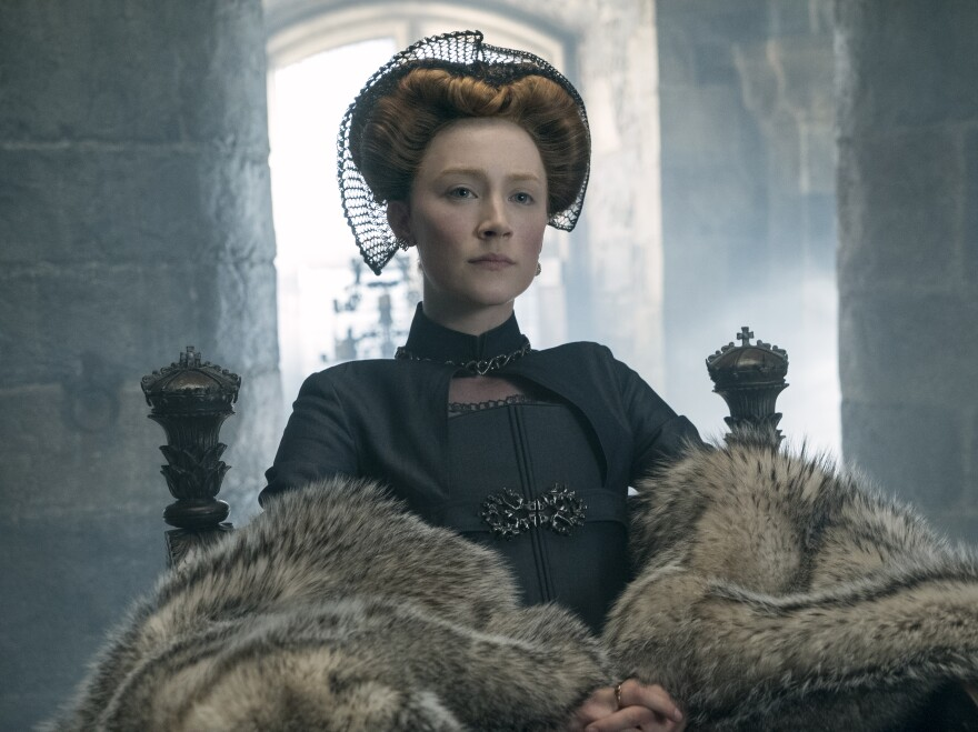 In <em>Mary Queen of Scots</em>, Mary Stuart (Saoirse Ronan) attempts to overthrow her cousin, Elizabeth I.