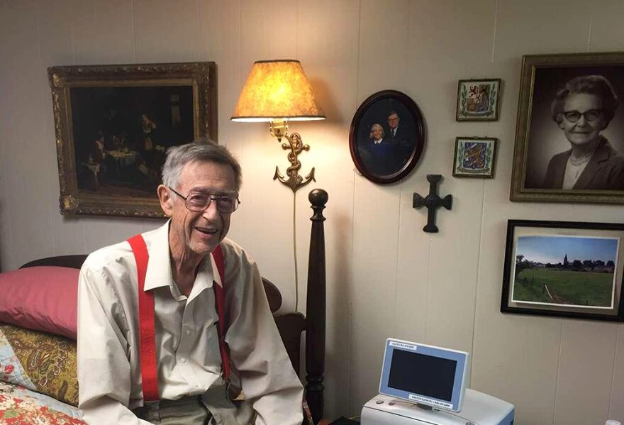Ward Shanahan, 84, does dialysis at home every night while he sleeps.