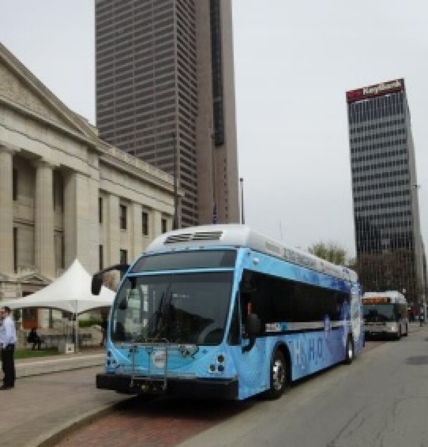 photo of hydrogen fuel cell bus