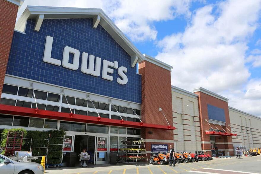 Lowes-store_0.jpg