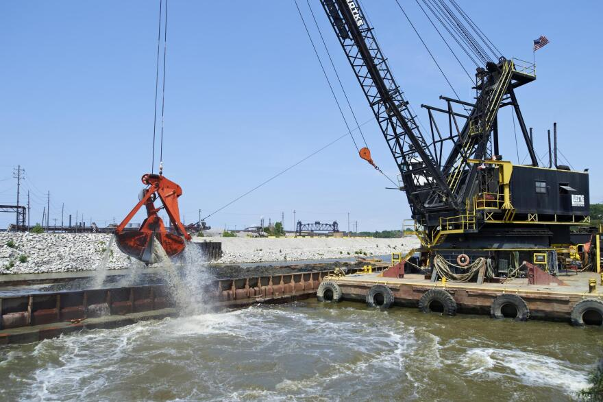 Army Corps dredging the Cuyahoga River