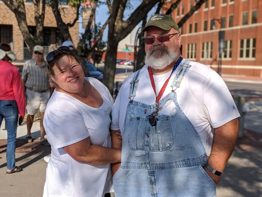 Susan Smith and Bob Shew (Photo courtesy of Stephan Bisaha)