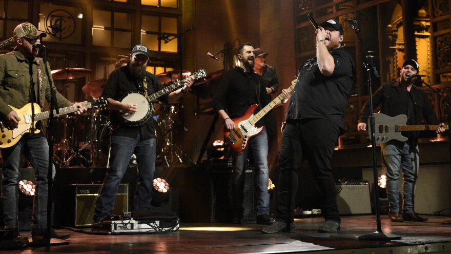 """SATURDAY NIGHT LIVE — """"JJ Watt"""" Episode 1779 — Pictured: Musical guest Luke Combs performs on Saturday, February 1, 2020 — (Photo by: Will Heath/NBC/NBCU Photo Bank via Getty Images)"""