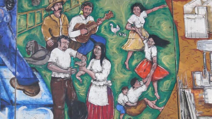 mural-dancing_family.jpg