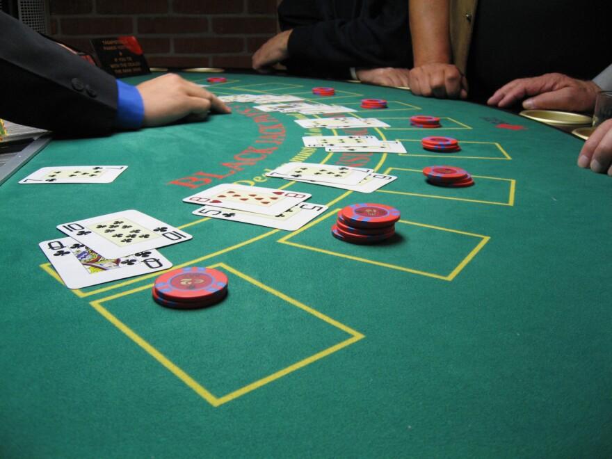blackjack_board_1_.jpg
