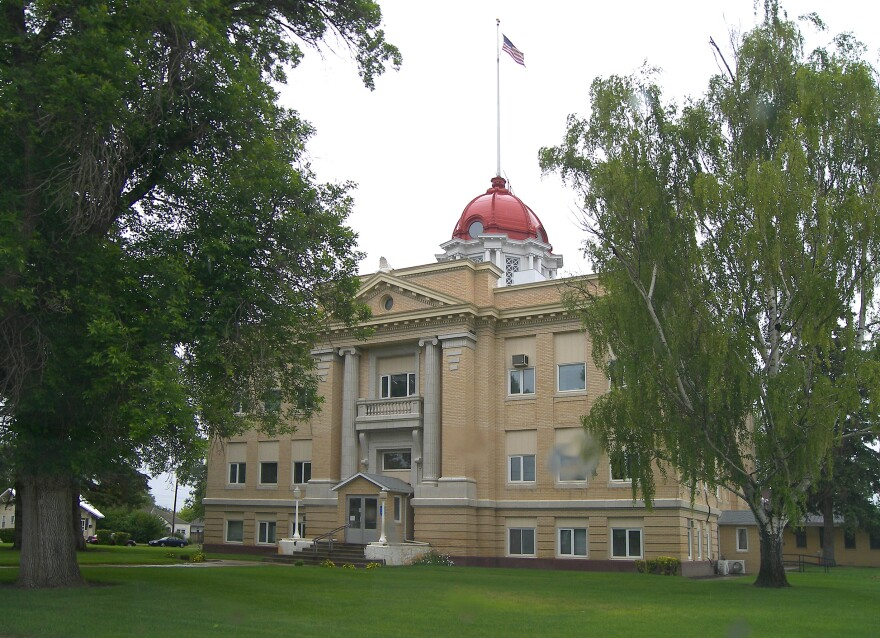 Richland County Courthouse in Sidney, Montana, 2008.