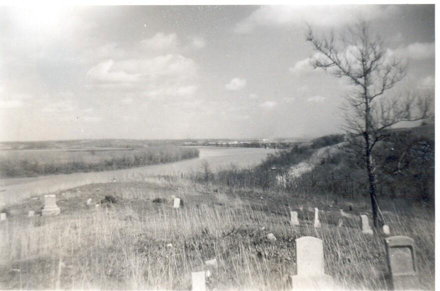 101520_cm_Cemeteries