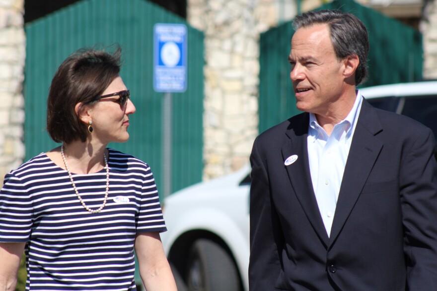 Joe-Straus-Voting-Primary.JPG