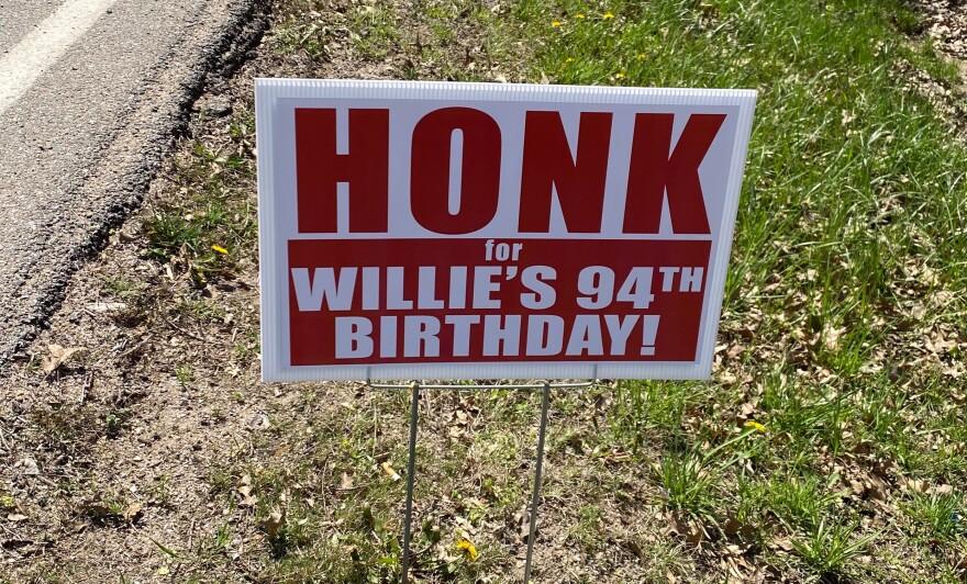 041720_MRM_Willie Ricken Sign_Garden Plain.jpg