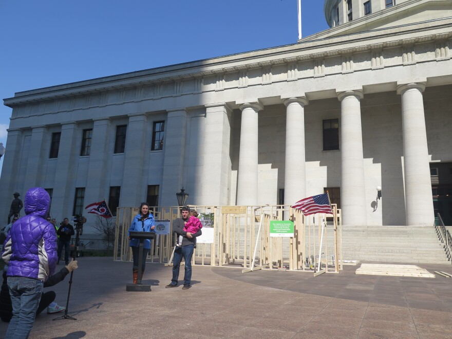 photo of habitat home in front of statehouse