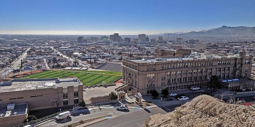 1024px-El_Paso_High_School_overview.jpg