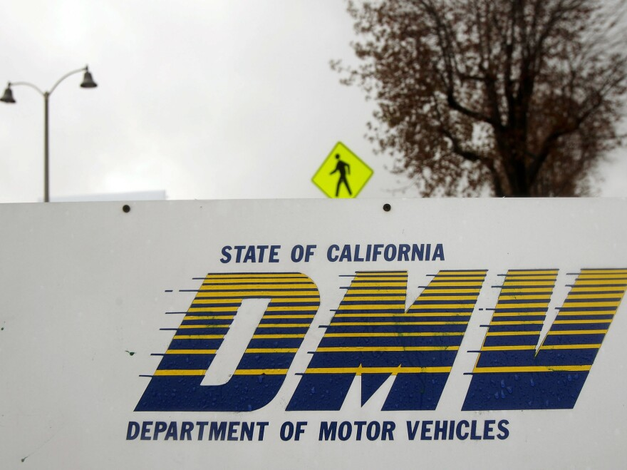 Hit-and-run accidents in California decreased by as much as 10 percent after the state passed a law in 2013 granting driver's licenses to unauthorized immigrants, say researchers at Stanford University.