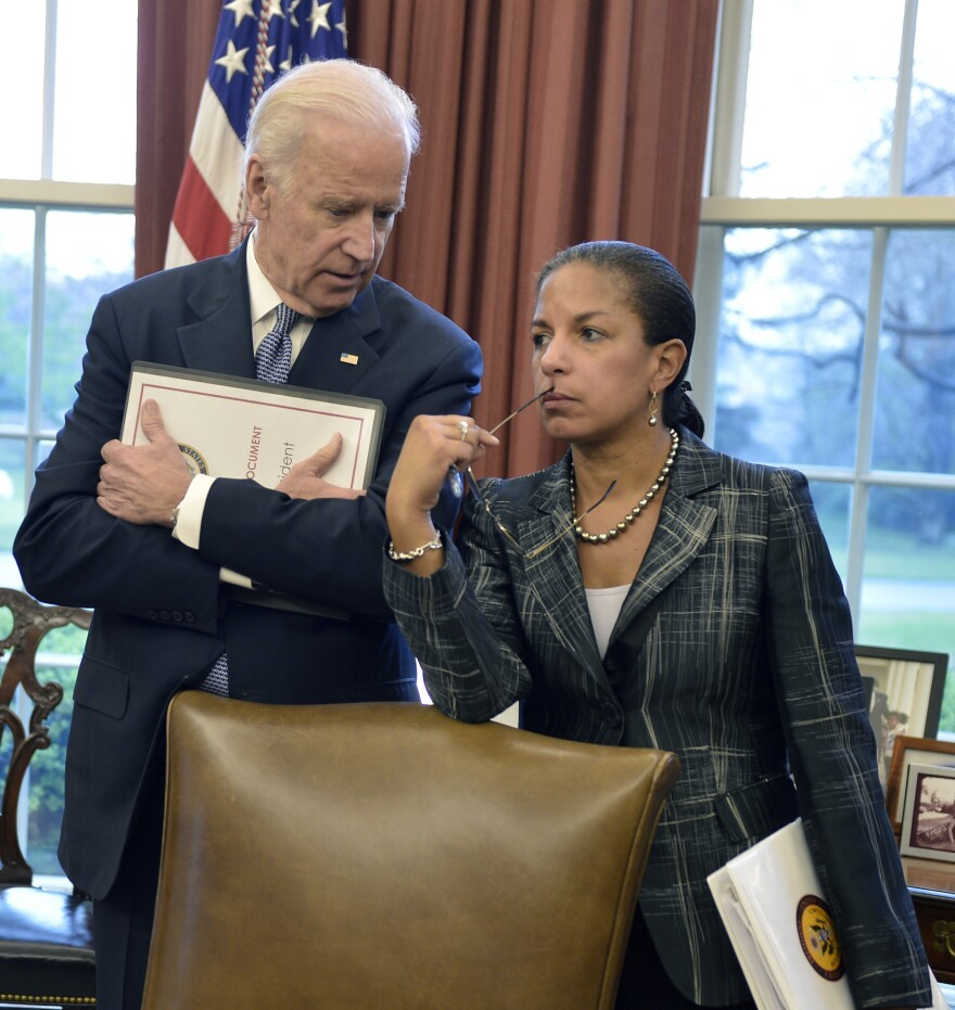 Then-Vice President Biden and then-national security adviser Rice talk in the Oval Office in April 2015.