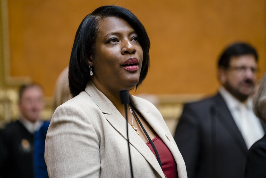 Photo of Rep. Sandra Hollins.