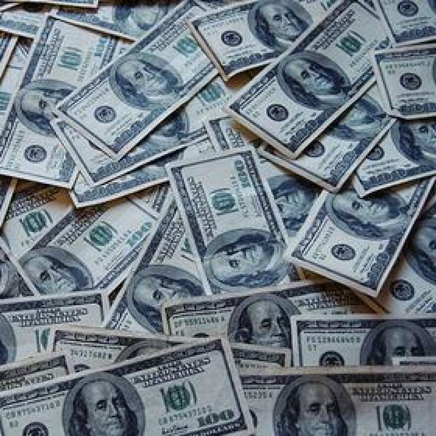 money_cash_wikimedia.jpg