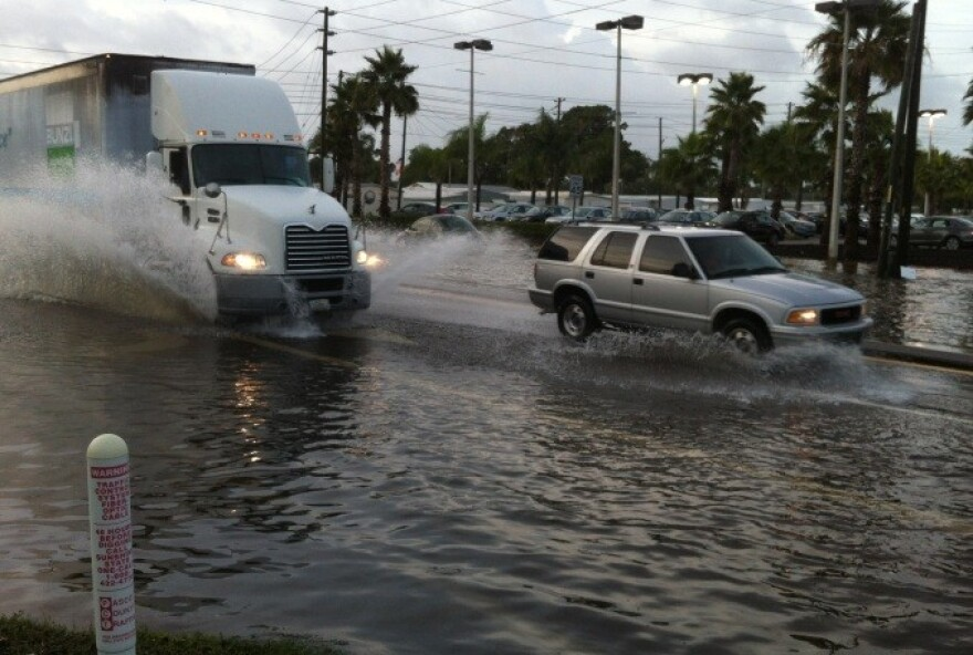 flooding baynews9.jpg