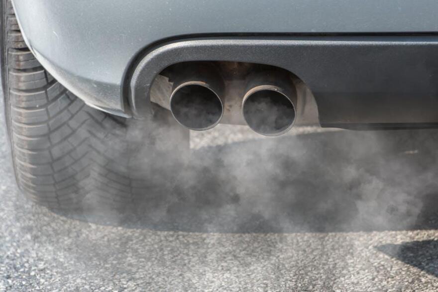 auto_exhaust_0_0.jpg