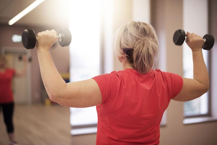 woman_weightlifting_770.jpg