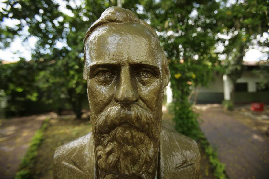 Hayes' likeness graces a statue in the courtyard of the Villa Hayes School. In Paraguay, a holiday, a province, a town, a museum and a soccer team are all named in his honor.