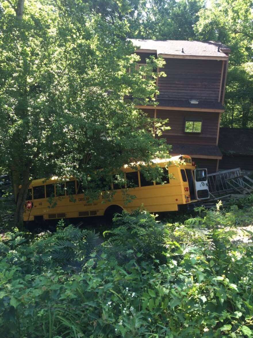 053116_bus_crash_medic.jpg