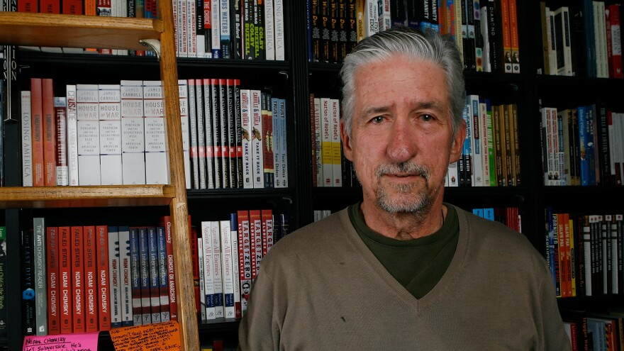 Author Tom Hayden poses before signing copies of his book, <em>Ending The War in Iraq</em> at Book Soup in Los Angeles in 2007. Hayden has died at 76.