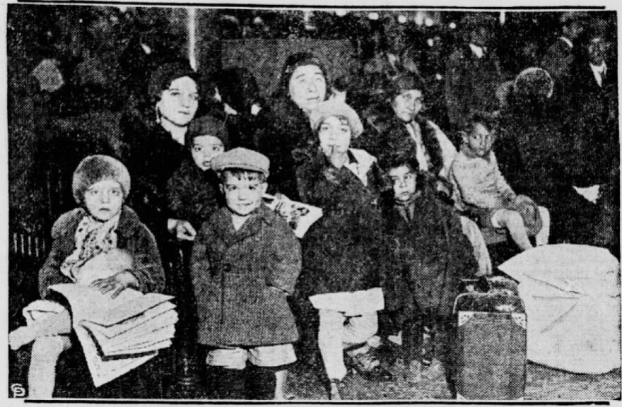 Repatriates and deportees from Detroit after passing through St. Louis to Sedalia. This is the only image Gonzalez has been able to find of repatriates in Missouri.
