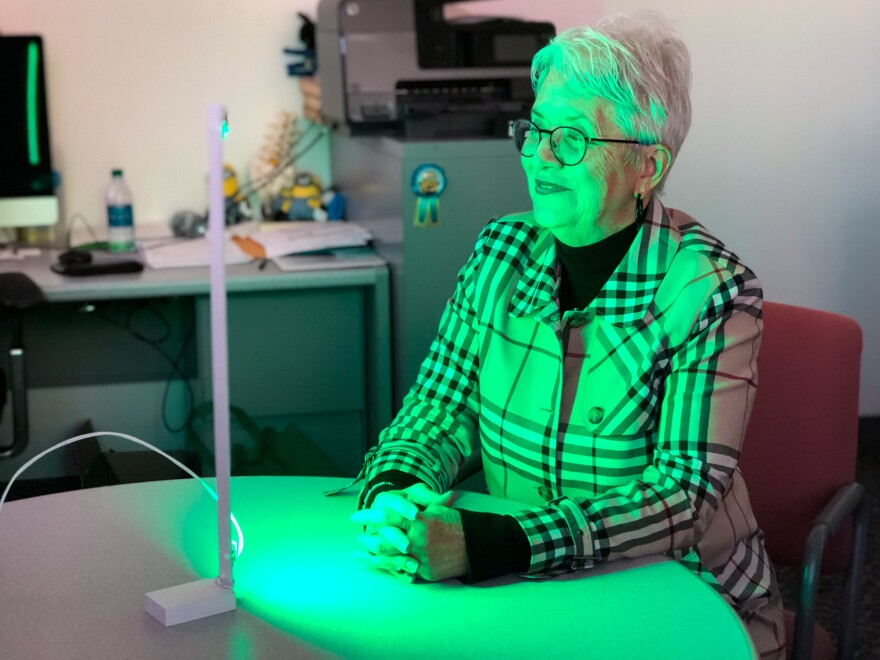 Ann Jones has been spending two hours each day in front of a green LED light — an experimental treatment aimed at alleviating migraines and other forms of chronic pain.