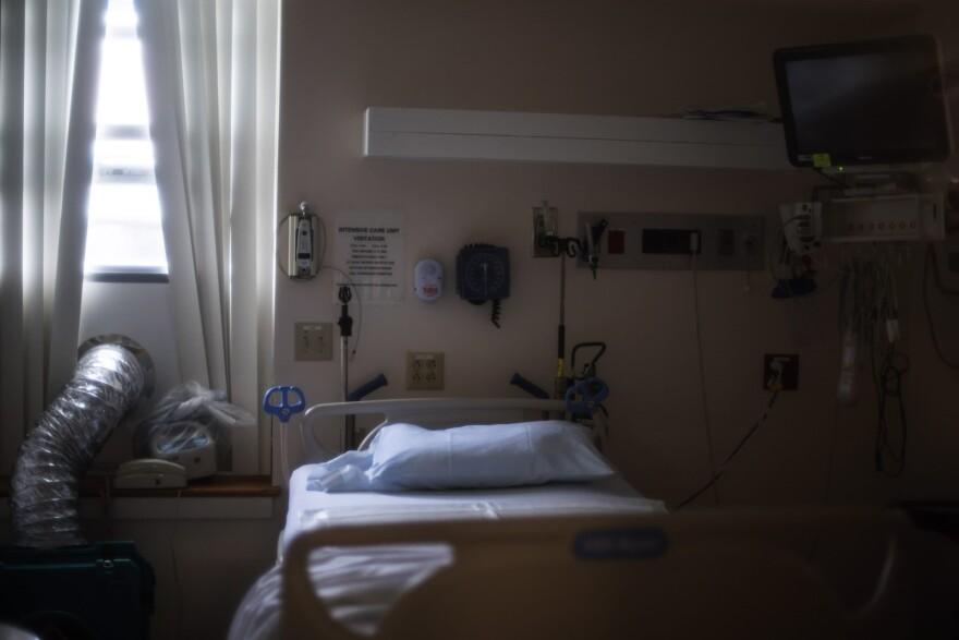 A hospital bed. (David Goldman/AP)