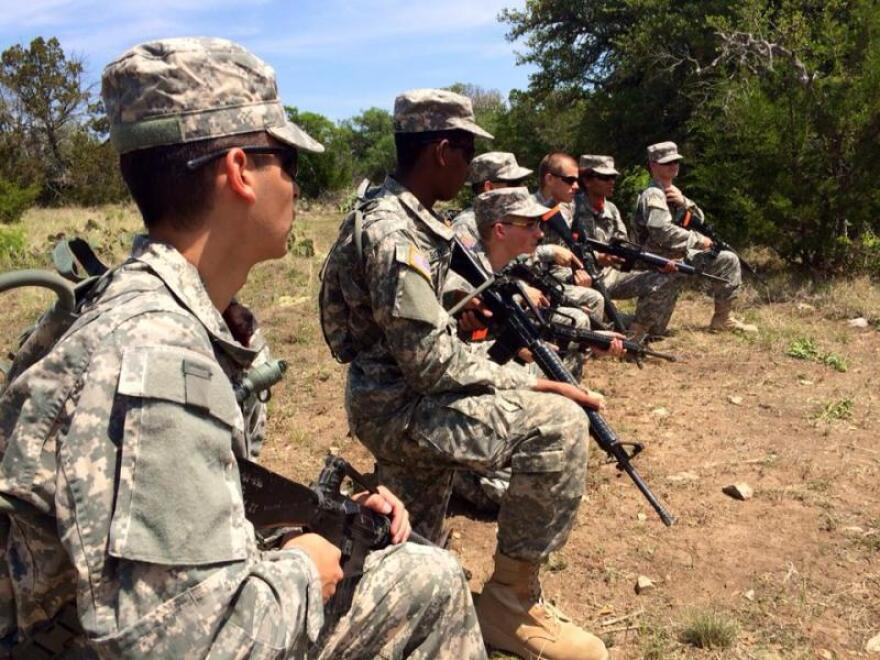 Texas_Army_National_Guard-_generic_photo.jpg