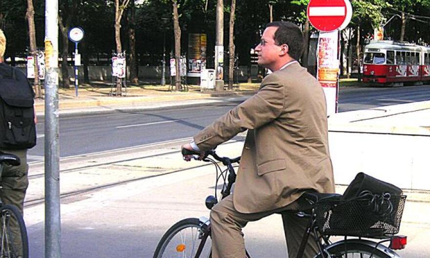 Urban_cycling_III-EDIT.jpg