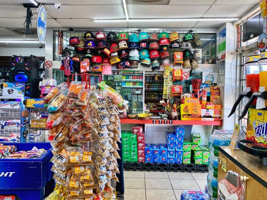 foodmart011020_0.jpg