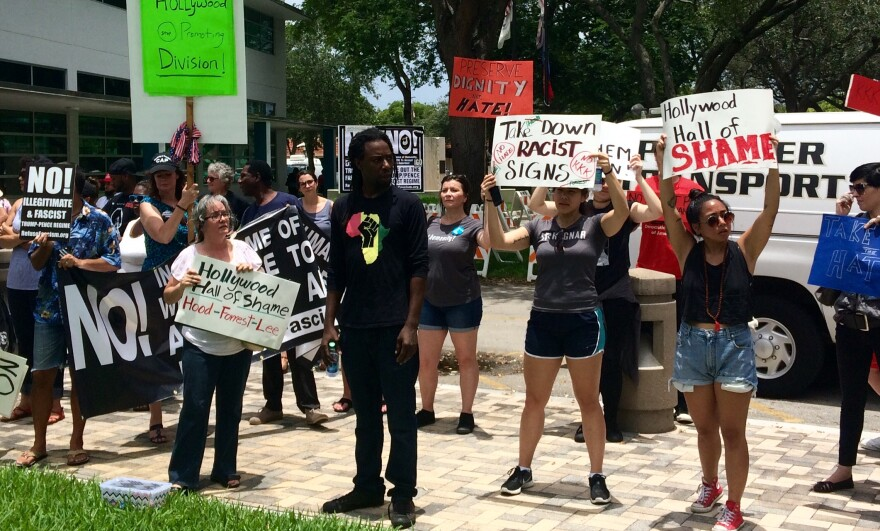 hollywood-protest_1.jpg