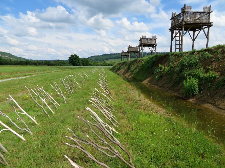 Attractions at the Alesia museum include a re-created Roman fort from the time of Caesar's victory over Vercingetorix.