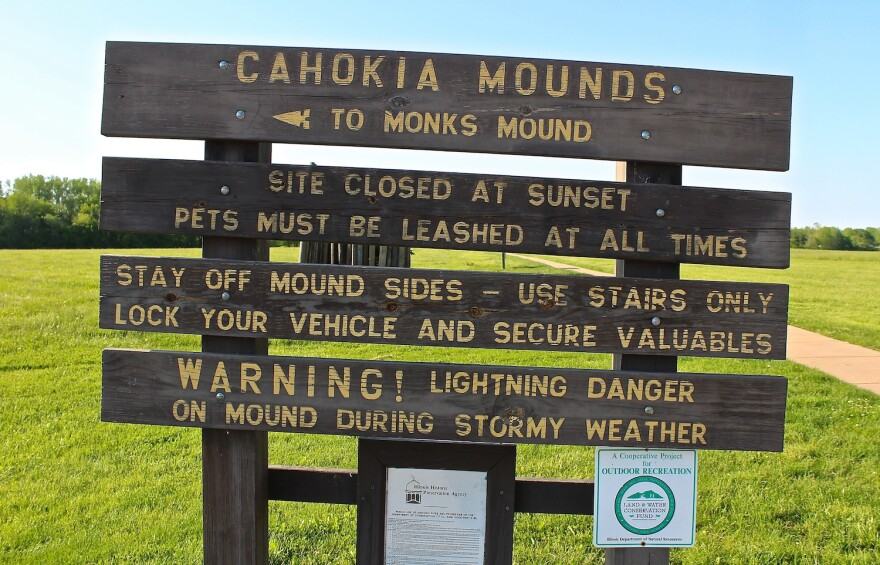 Mounds-sign_0.JPG