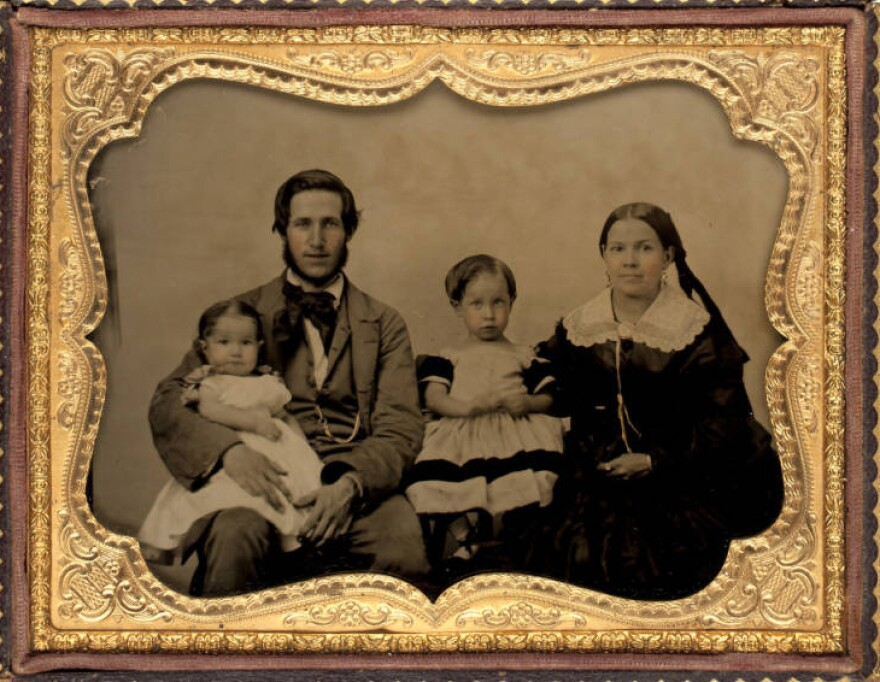 lent_munson_hitchcock_and_family.jpg