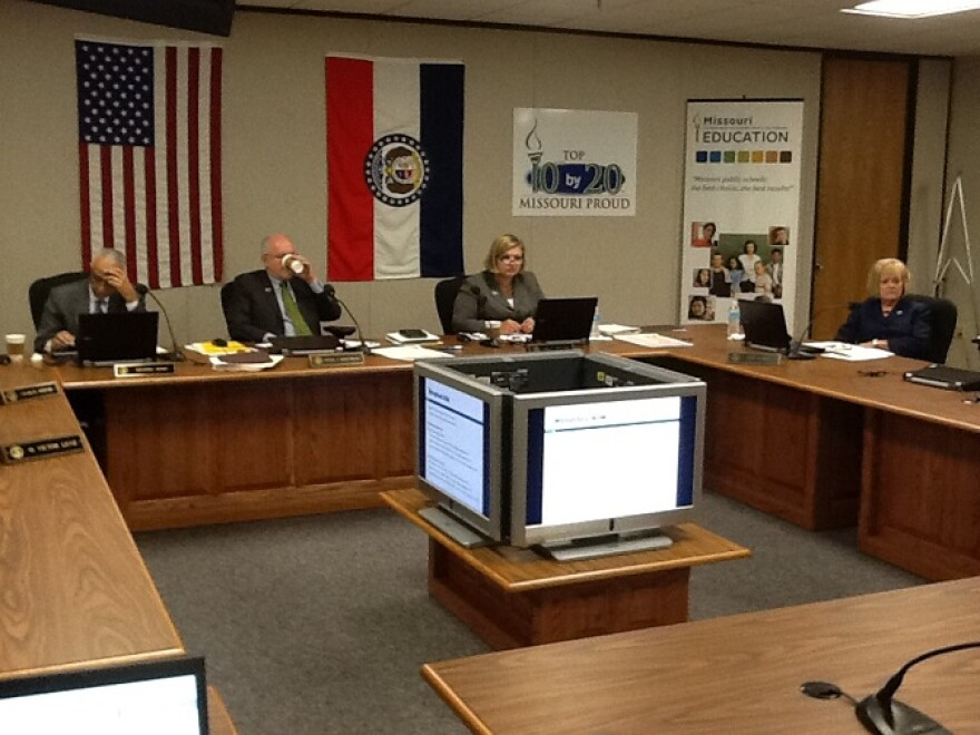 10-22-2013,_Mo._State_Board_of_Ed._mtg._where_no_action_was_taken_on_KC_schools_non-accreditation_status.JPG