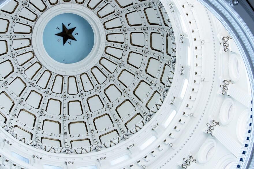 State_Capitol_Interior_2013_-_Filipa_Rodrigues_1_1.JPG