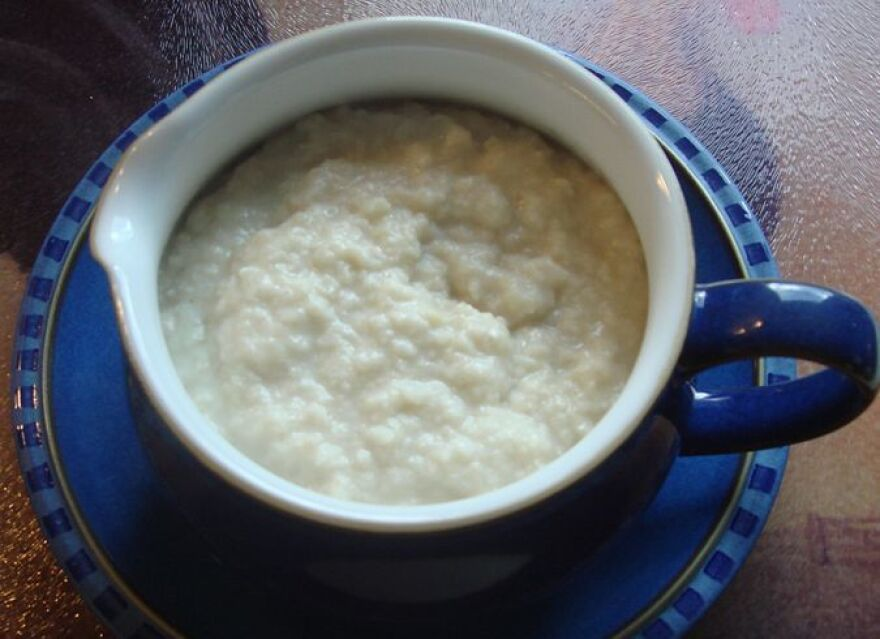Bread sauce, a sauce made with milk, breadcrumbs and spices, is a staple at traditional Christmas dinners in England.