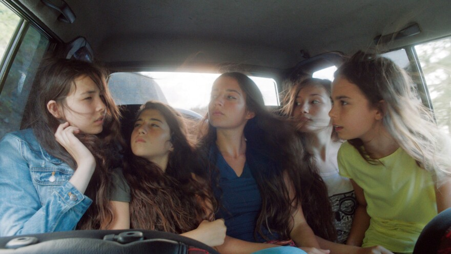 First-time Turkish director Deniz Gamze Ergüven tells the story of five sisters from a contemporary Turkish village in <em>Mustang</em>. (From left) Tugba Sunguroglu, Doga Zeynep Doguslu, Elit Iscan, Ilayda Akdogan and Güneş Şensoy.