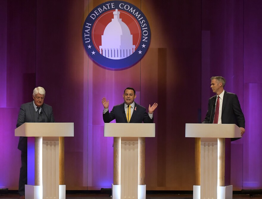 Photo of candidates at debate.
