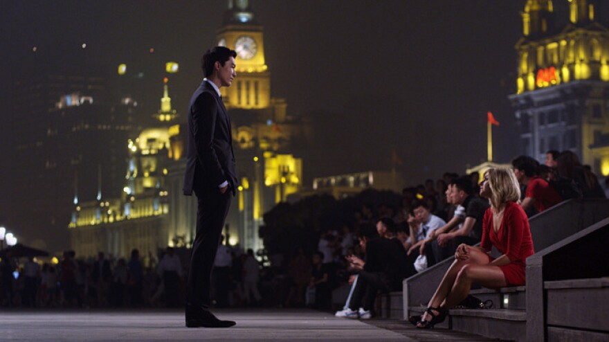 In <em>Shanghai Calling</em>, Chinese-American attorney Sam Chao (Daniel Henney) relocates from New York to Shanghai at the behest of his law firm. He develops a relationship with Amanda (Eliza Coupe), an expert on relocation and local customs and culture.