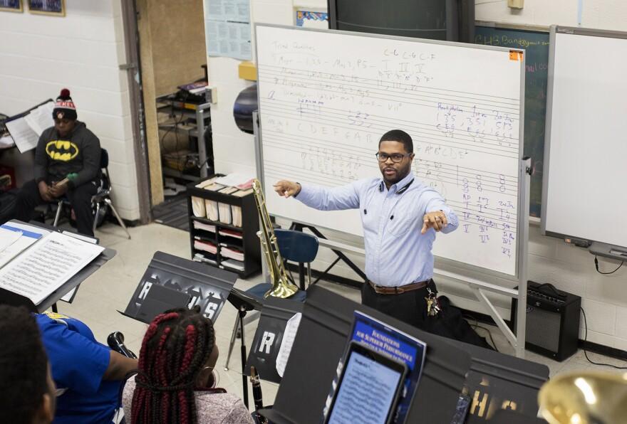 Riverview Gardens High band director Harvey Lockhart leads a class through practice. (Jan. 17, 2017)