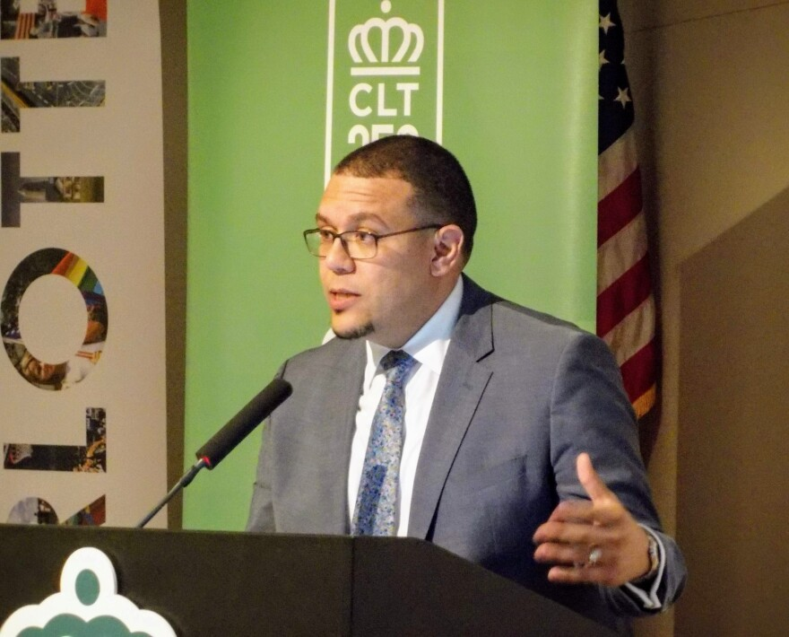 Federico Rios, the city's immigration and integration manager, spoke to the city council Monday.