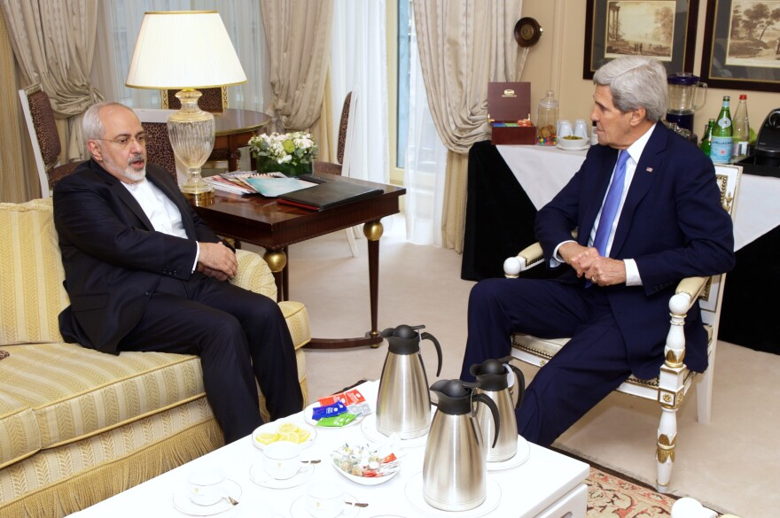 Secretary_Kerry_Meets_With_Iranian_Foreign_Minister_Zarif.jpg