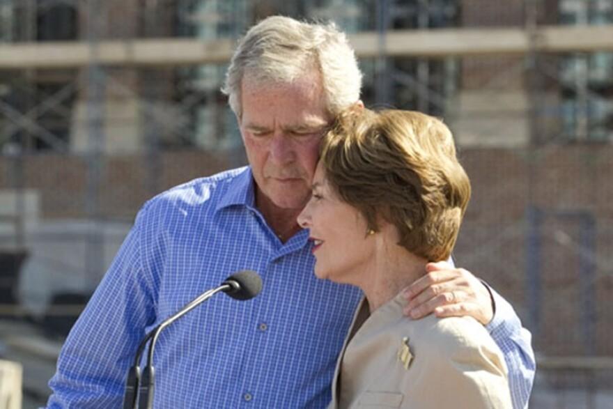 George_and_Laura_Bush_Close_Crop_jpg_800x1000_q100.jpg