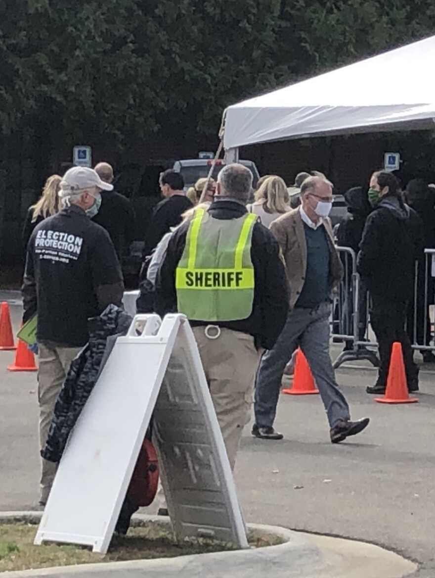 Sheriff's deputy at Summit County Board of Elections